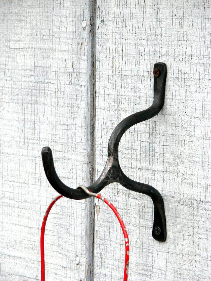 700 hand forged hook by vintin