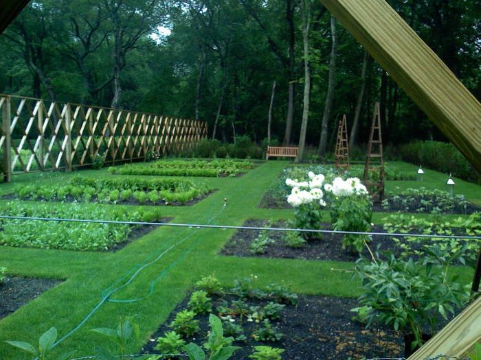 The Landscape Designer Is In Elegant Deer Fencing Hamptons Edition  portrait 7