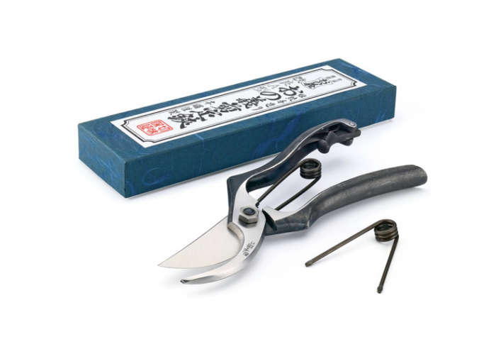 700 japanese pruners from manufactum