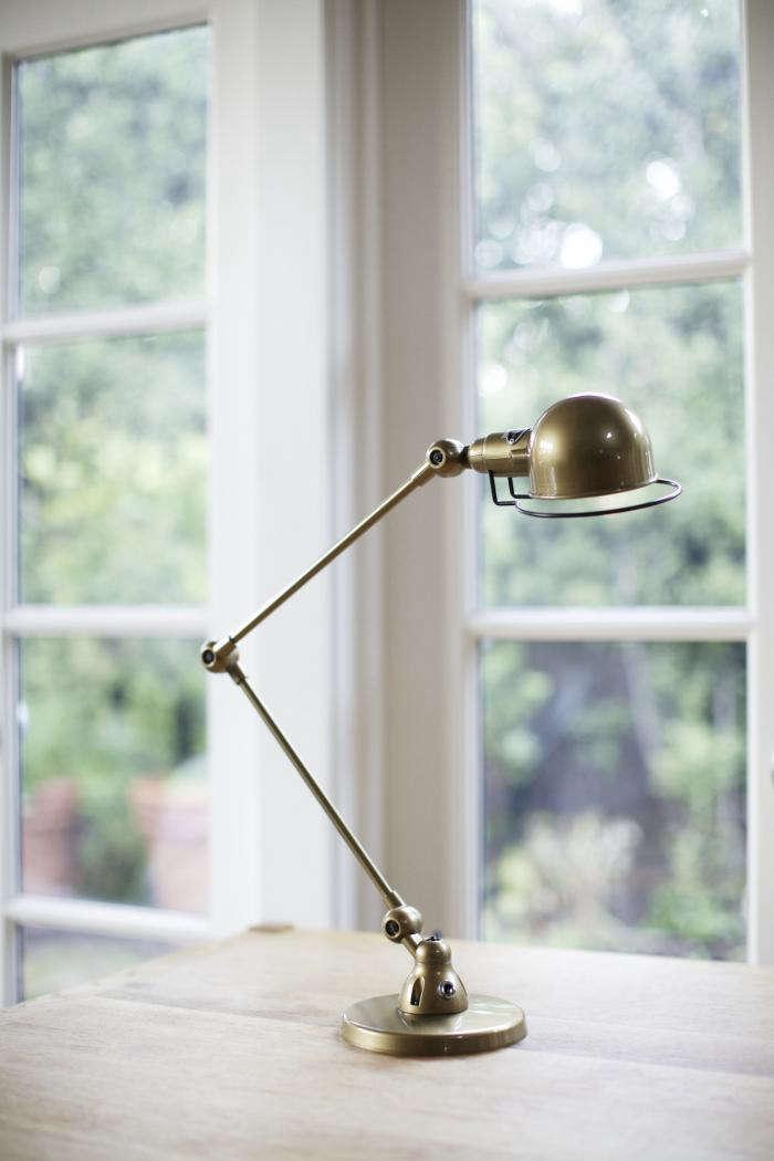 700 jielde brass lamp 1