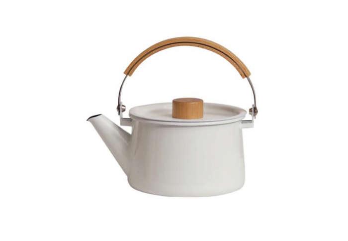 700 kaico kettle enamelware white