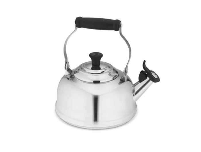 700 le cruset tea kettle silver