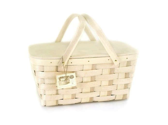 gardenista peterboro basket company picnic basket