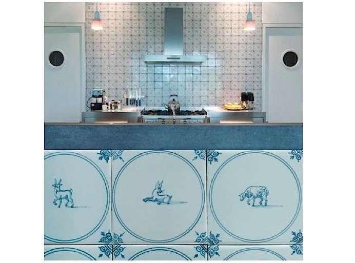 royal maakum tiles kitchen 11