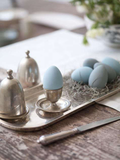 blue easter eggs paltrow