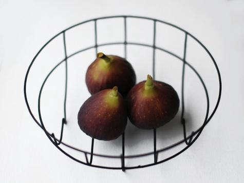 wireware fruit basket 2