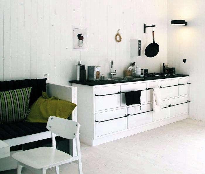 700 01leva kitchen towel bars