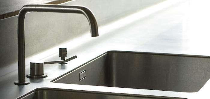 700 8 meter kitchen sink