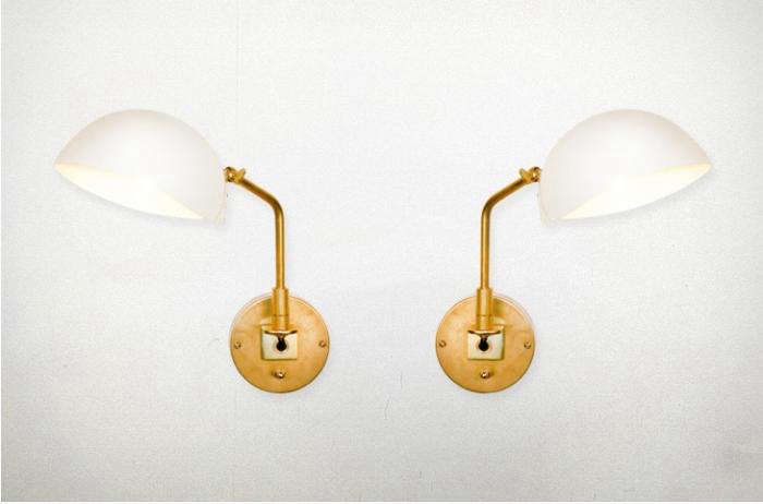700 collected sconce brass