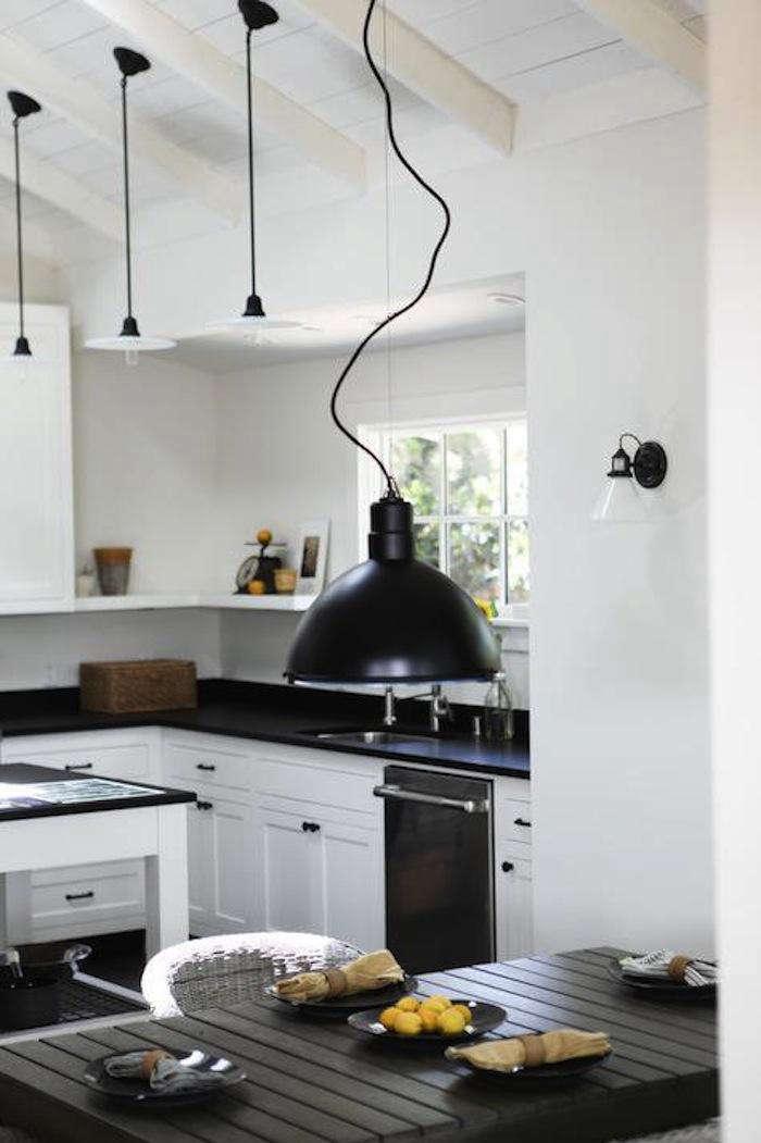 700 spring street kitchen 1