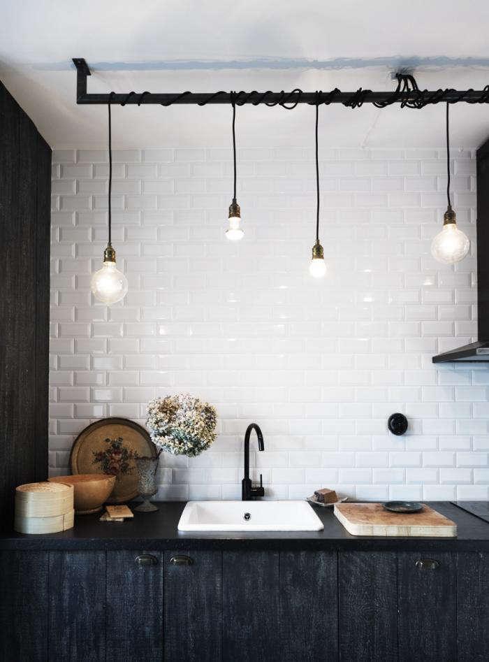 700 white kitchen black lights