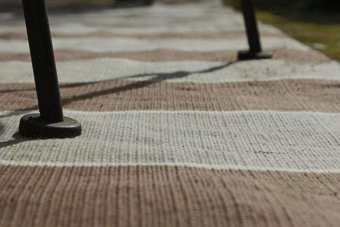 700 a closeup williams sonoma stripe