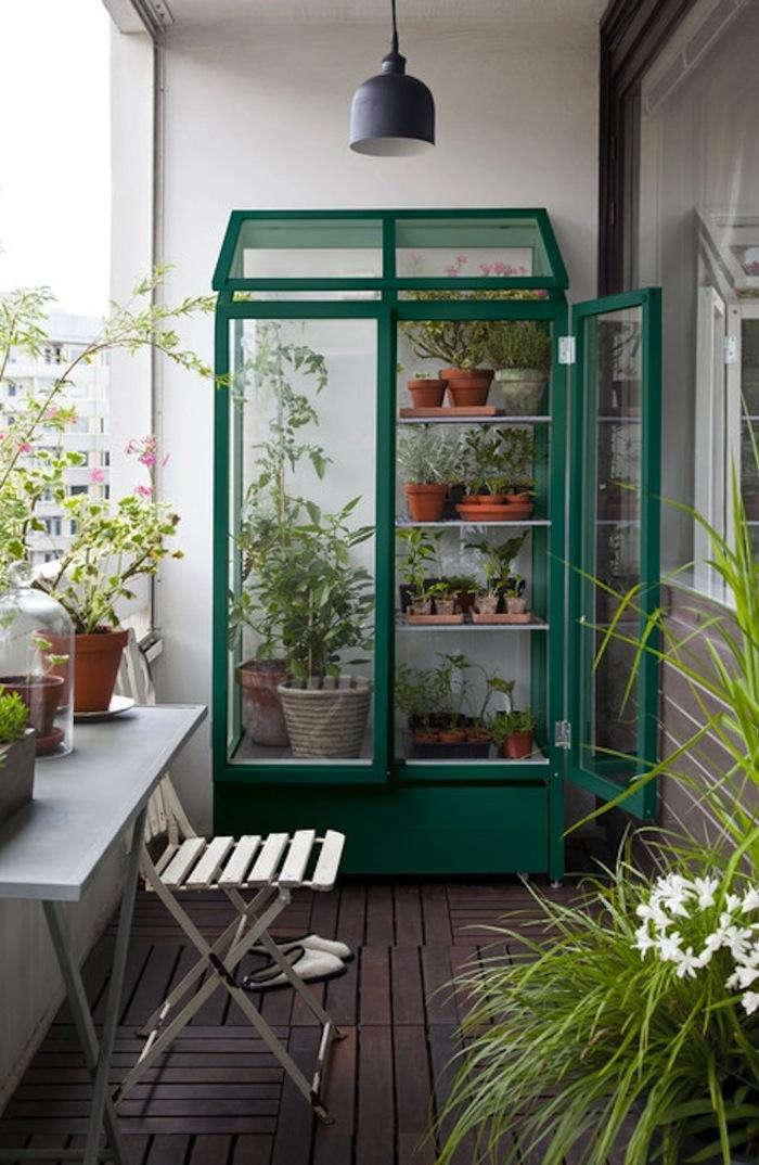 700 green greenhouse 2