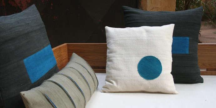 african pillows blue dot