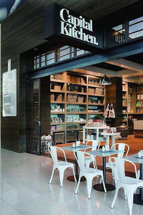 Restaurant Visit Capital Kitchen in Melbourne portrait 3