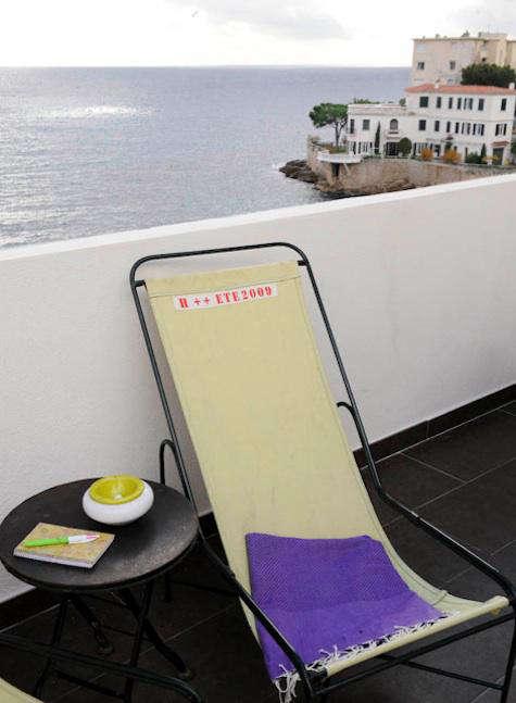 Hotels  Lodging La Suite Cassis in France portrait 16