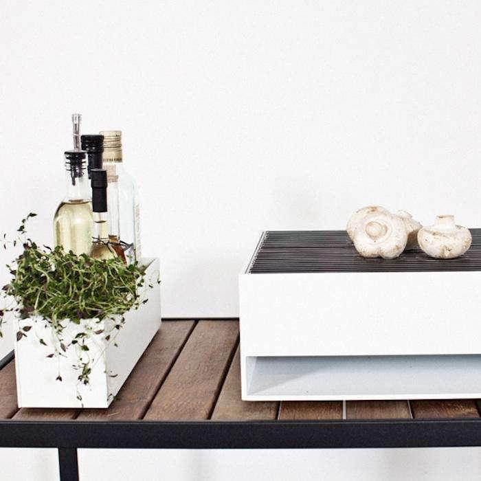 700 bbq white tabletop