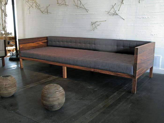700 commute home walnut sofa