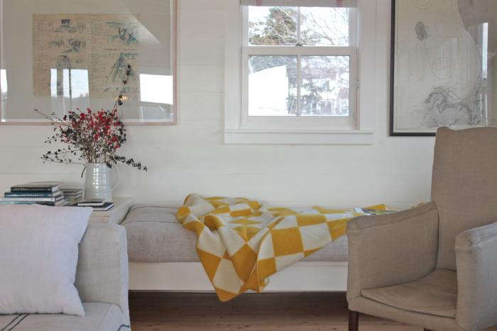shiplap provides a subtle backdrop toa cottage reborn in coastal maine. 10