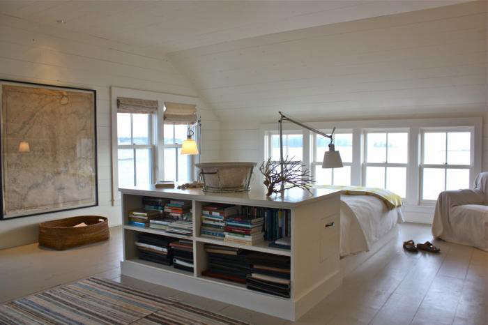 700 harbor cottage interior living room 1