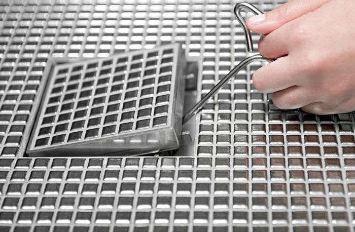 700 infinity drain tool