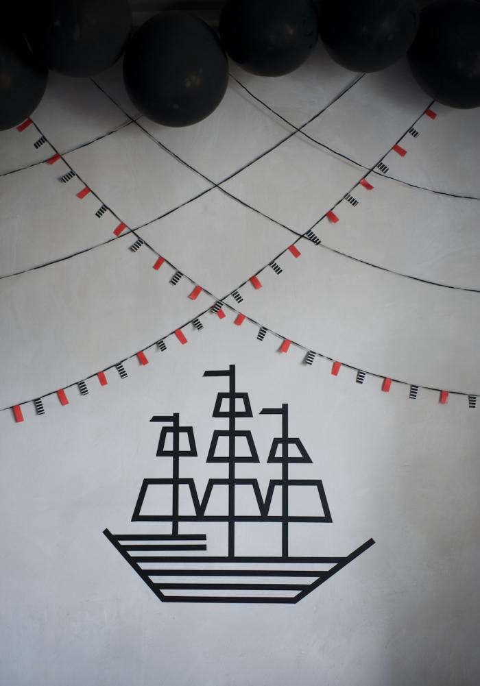 700 marlen large photo pirate wall decor