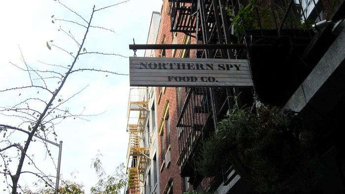 700 northern spy sign