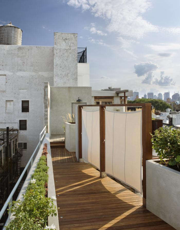 700 pulltab roof garden jpeg   12 1600px
