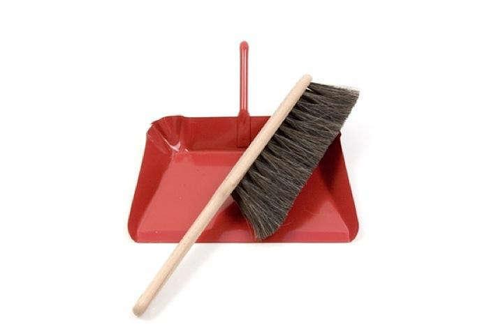 700 red dustpan brush kiosk 700