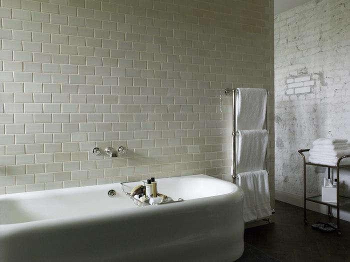 700 soho berlin rough bath 10