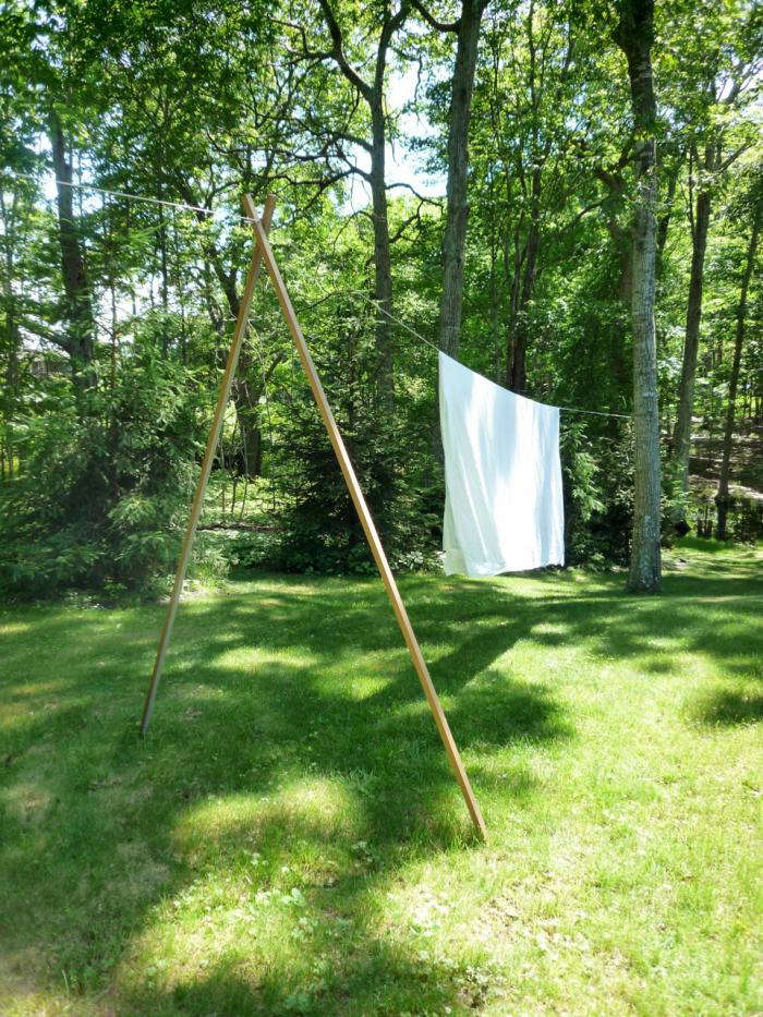 Linens on the line. For more, see DIY: Shelter Island Clothesline. Photograph courtesy of Suzanne Shaker.