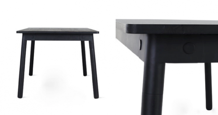 700 two adaptable tables next to each other