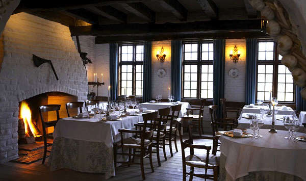 falsled dining room 2