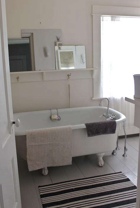 Steal This Look Simple Cape Cod Bath portrait 8