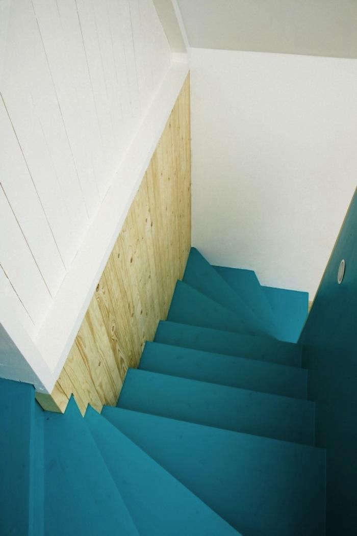 700 1lasc stairway blue