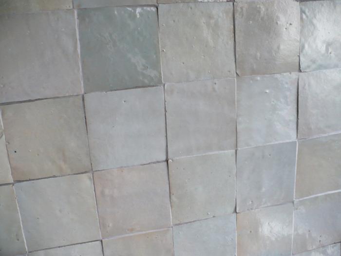 700 agnes ka tiles all one