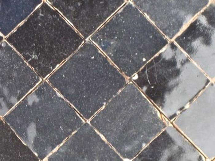 700 badia tile dark grey