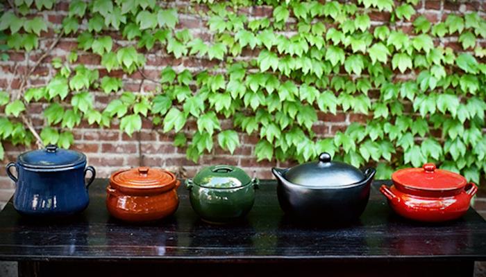 700 bram clay pots green wall