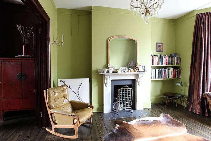 700 chaucer road green walls living room