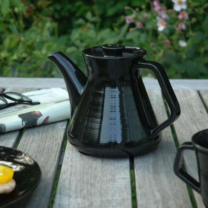 700 halv atta teapot 2