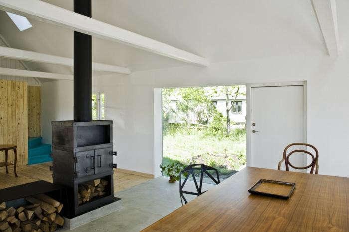 700 lasc large living room