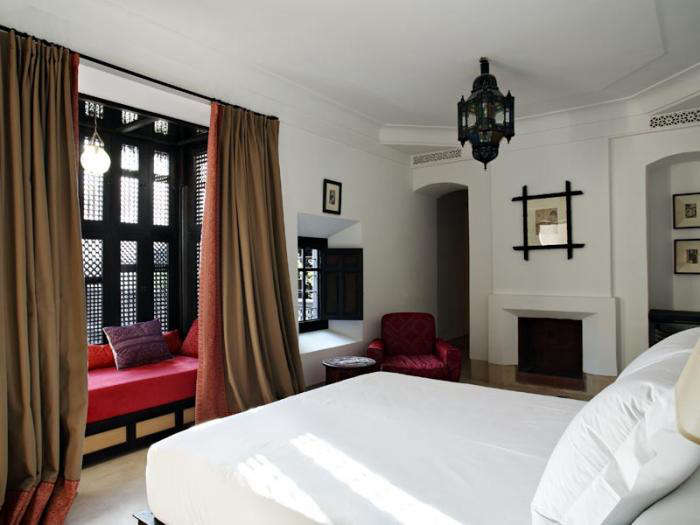 700 riad curtains and red chair