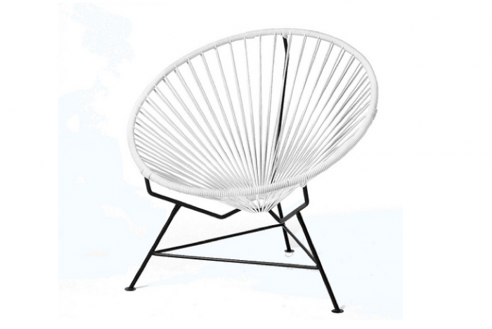 700 white acapulco chair innit