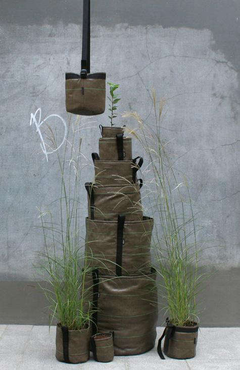Outdoors Mobile Garden Containers by Bacsac portrait 3