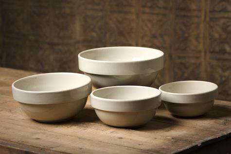 american stoneware bowls white