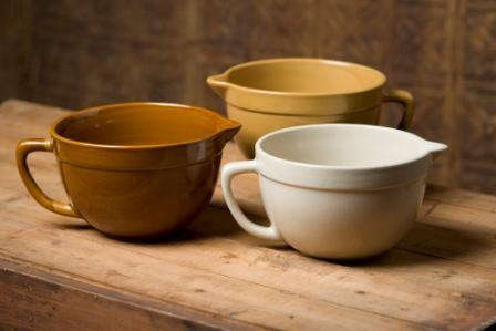 americana general stoneware batter bowl 1