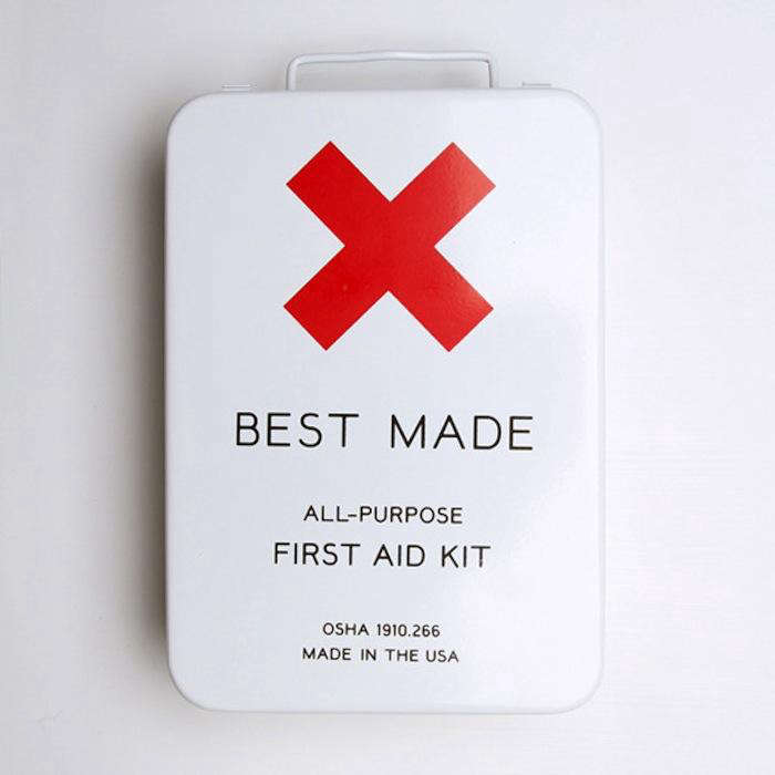 700 best made first aid kit exterior