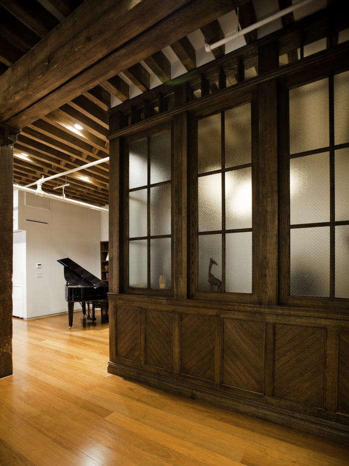 Curiosity Shop A Multipurpose Room in a NYC Loft portrait 4