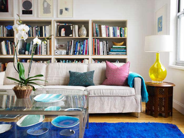 700 elephant ceramics living room
