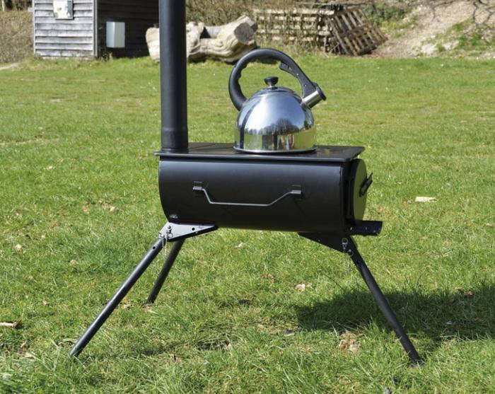 700 frontier cooking stove on grass